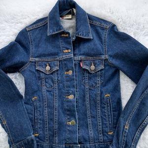 Levi's jean jacket vintage dark wash small